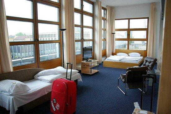 Novum Hotel City B Berlin Centrum: Трехместный номер