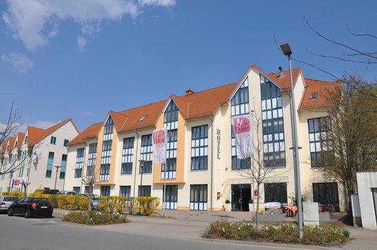 City Hotel Aschersleben: das Hotel von außen