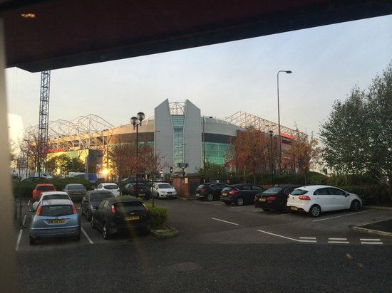 Premier Inn Manchester Old Trafford Hotel : View from the Bar