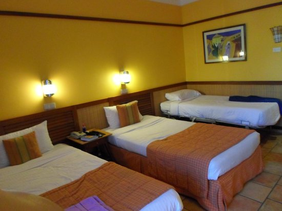 Lido Sharm Hotel: Our Tripple Room