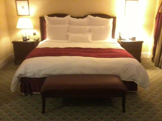 Grosvenor House, A JW Marriott Hotel: Bed