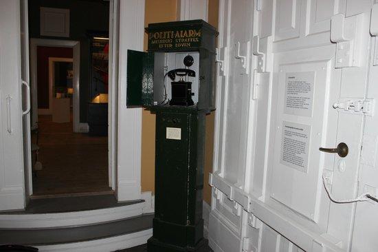 Alarm telefon - Billede af Politimuseet, København - TripAdvisor