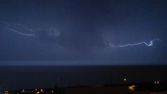 Ramla Bay Resort : More lightning