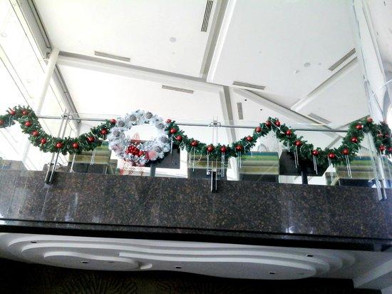 Acacia Hotel Manila: Wreath