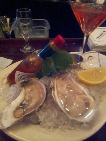 Morton's The Steakhouse - Troy : Amazing Oysters to start off your meal.