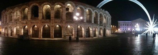 L'Orologio: Piazza Bra Verona