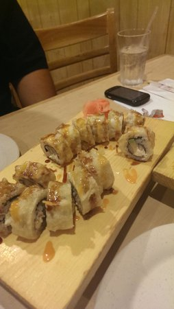 Ginza Japanese Restaurant : deep fried good time roll