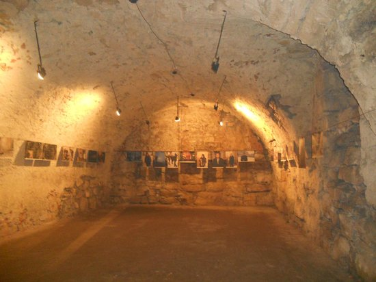 Pidhirtsi Castle: Подземелье