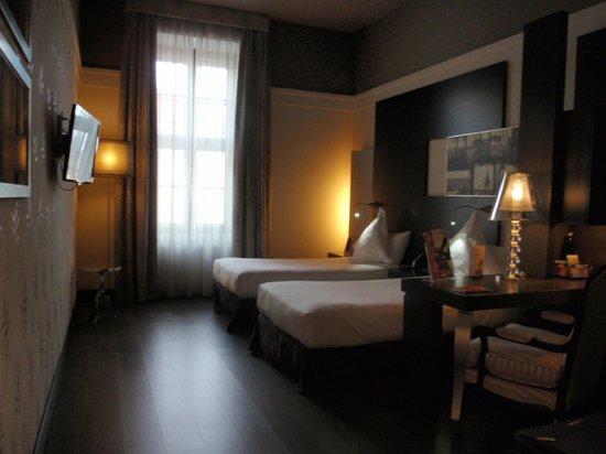 Barcelo Brno Palace: Dormitorio