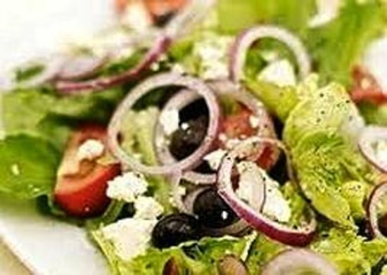 Iris Cafe Restaurant: Greek Salad