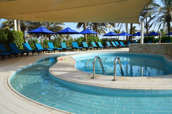 JA Jebel Ali Beach Hotel: бассейн