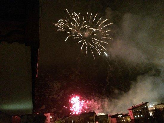 Chalet Marsala : Friday Eve Fireworks
