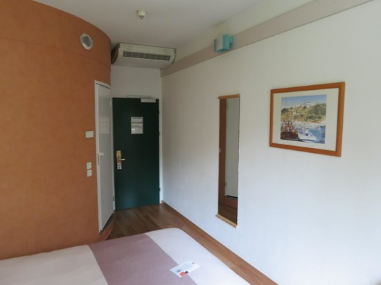 Ibis Genève Aéroport : Standard room