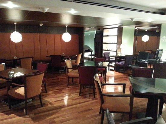 Pullman Bangkok Hotel G: Executive lounge