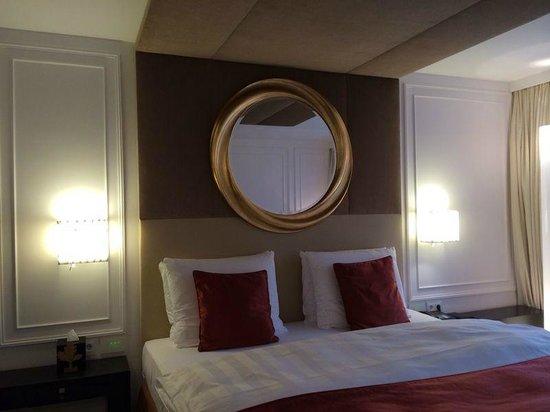 Hotel Vier Jahreszeiten Kempinski Munchen: Bed2