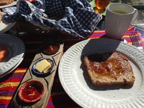 Hotel Sor Juana: Breakfast