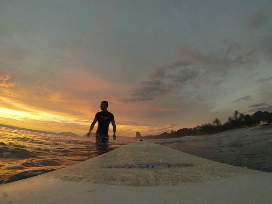 Tortuga Surf School: Jaco Beach sunrise