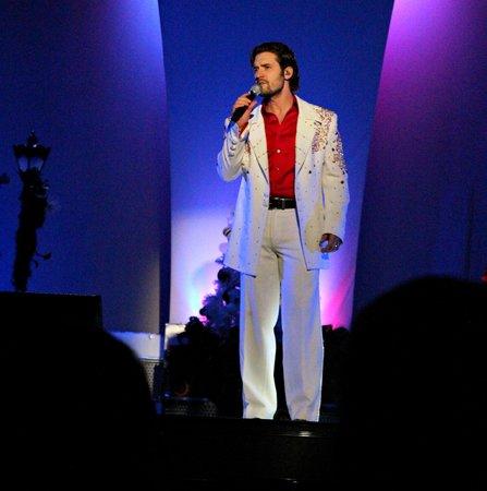 Pierce Arrow Theater: One of the vocalists in Pierce Arrow - former American Idol finalist