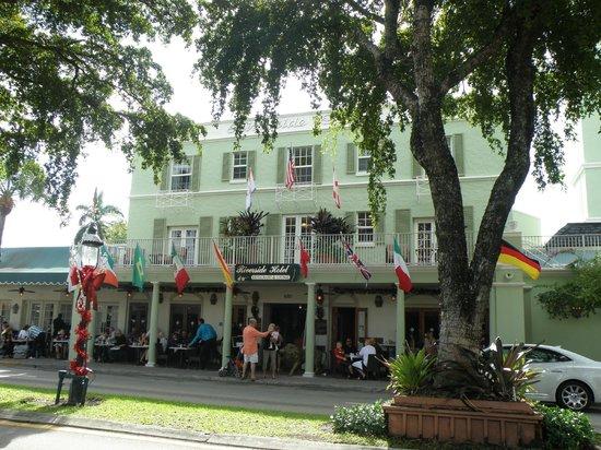 Riverside Hotel : Las Olas