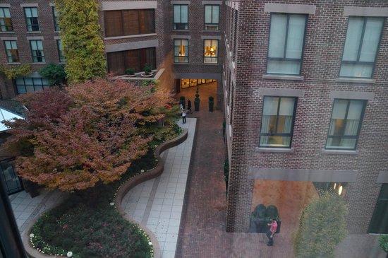 Four Seasons Hotel Washington, DC: grounds