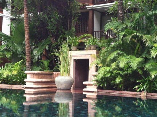 Belmond La Résidence d'Angkor : Pool Area