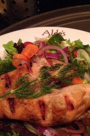 Aldo's Ristorante: Salmon special