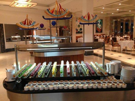 Calista Luxury Resort: Restaurant ( desserts)