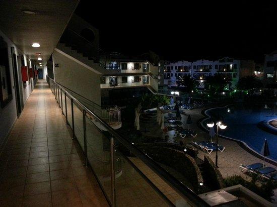 Rubimar Suite ApartHotel: Outside door of apartment
