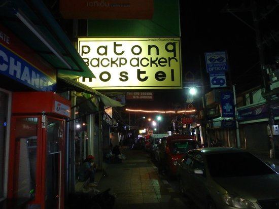 Patong Backpacker Hostel : cant miss this sign...