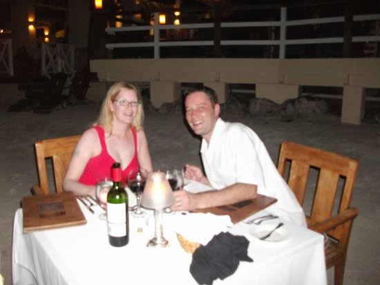 Sandals Montego Bay : Beach Dinner