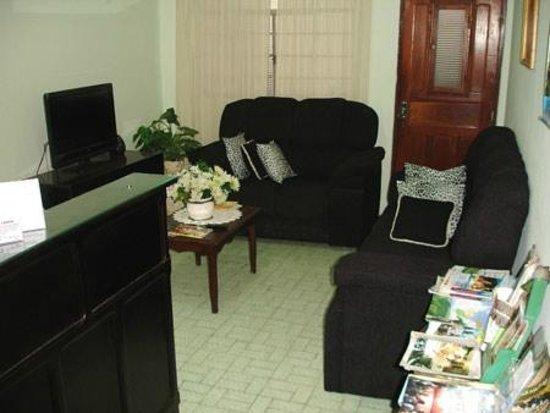 Hotel Pousada Alvorada: Sala de TV