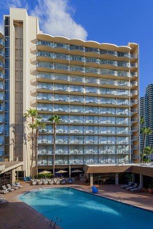 Wyndham San Diego Bayside: Enjoy a refreshing plunge in our outdoor heated pool.