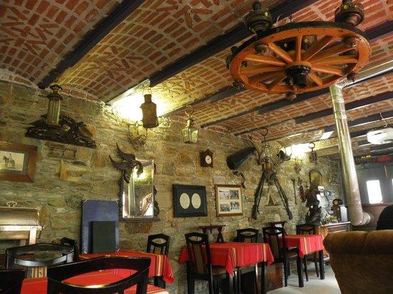 StoneHouse ByIpek FarmHouse: Resturant