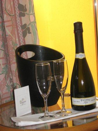 Poiano Resort Hotel: Ottima qualita' i vini prodotti dalla azienda agricola 'POIANO'