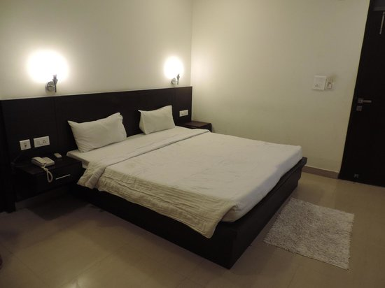 Hotel Love Kush: Beds