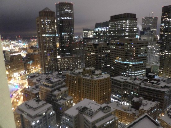 Marriott Vacation Club Pulse at Custom House, Boston: At night from the south window- see snow