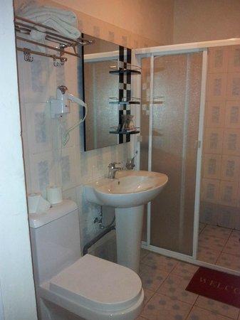 Chez Wou : Salle de bains