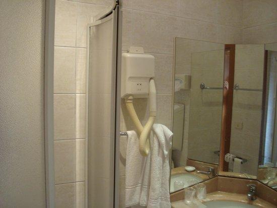 Novo Hotel Rossi: detalhe, banheiro
