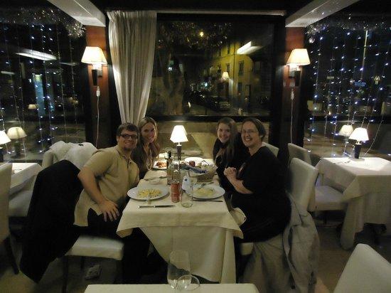 Conte di Galluccio : The very attentive waiter insisted on taking our photo.