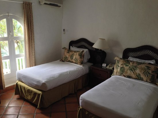 Windjammer Landing Villa Beach Resort: 2nd Bedroom