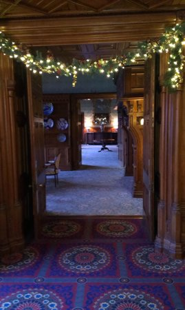 Ashford Castle: halls