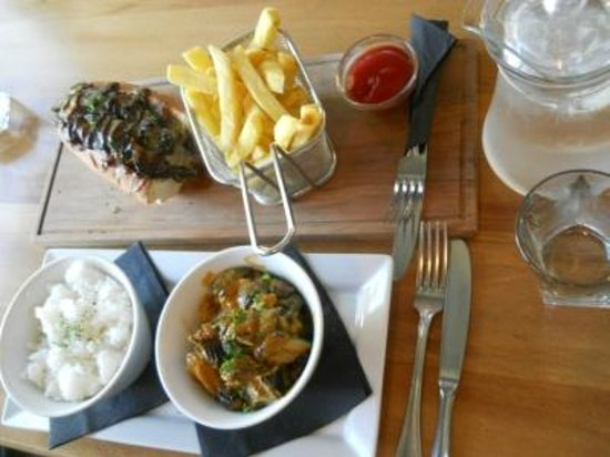 "Bailiez Cafe : The ""light meal""!"