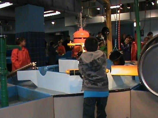 Chicago Children's Museum : Water Works Area