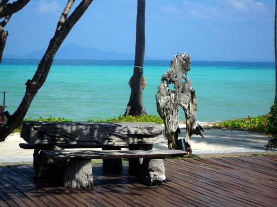 Phi Phi Island Village Beach Resort: sea view