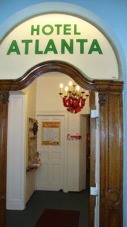 Atel Atlanta Am Kurfürstendamm: receptie