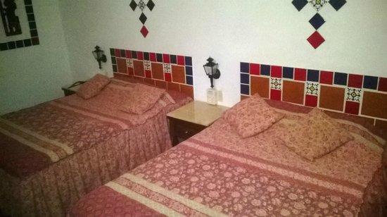 Hotel Dolores Alba Chichen: habitacion