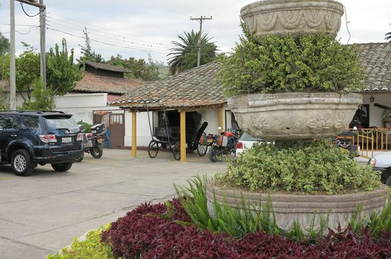 Hacienda- Hosteria Chorlavi : main entrance