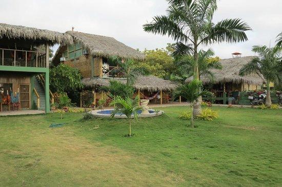 Hostal Kundalini : central courtyard