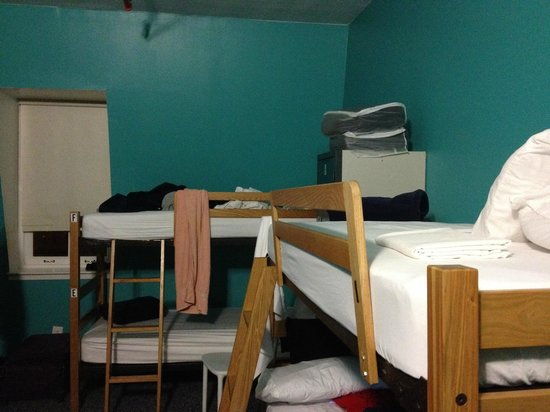 Hostelling International - New York: Bunk Beds