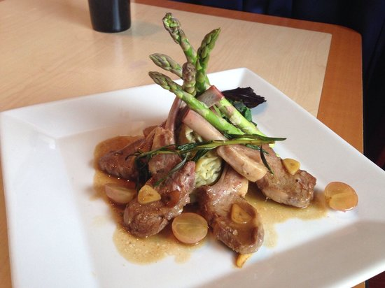 Cork & Bottle : Lamb Chop Special with a grape and wine sauce.